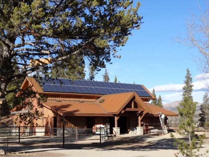 Photovoltaic on barn